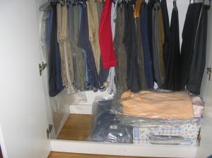 eliminare la base dell'armadio